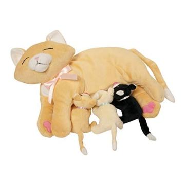 Manhattan Toy Nursing Nina Cat, die weiches Spielzeug pflegt - 3