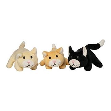 Manhattan Toy Nursing Nina Cat, die weiches Spielzeug pflegt - 4